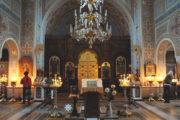 В церкви Воскресения Христова